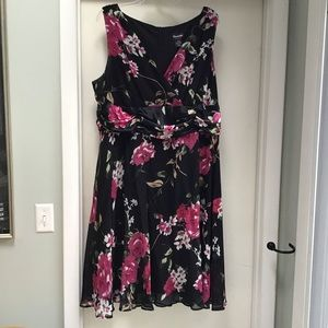 Connected Sleeveless Floral Dress